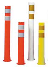 delineator posts - color